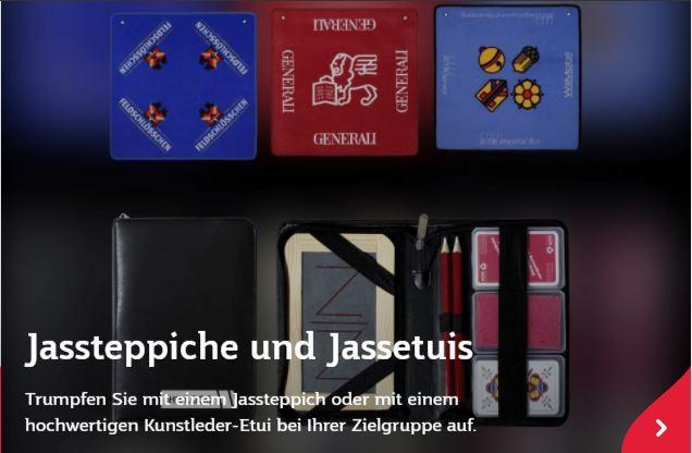 Jasskarten im Jassetui und passend dazu ein Jassteppich