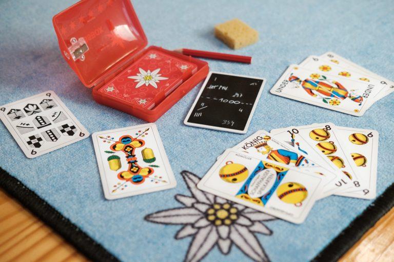 Original Jasskarten, Jassbox und Jassteppich